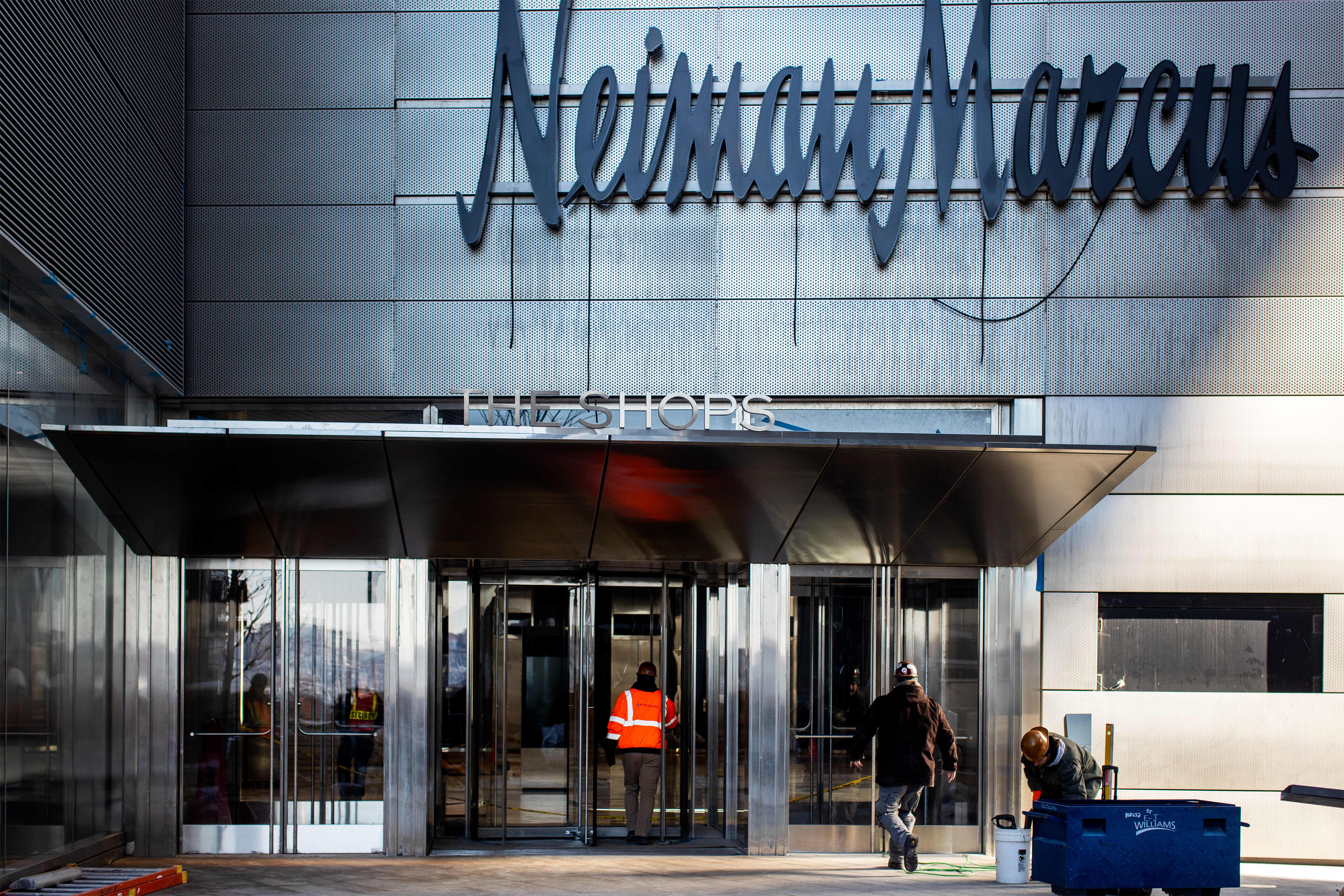 Neiman Marcus files for bankruptcy as it struggles with debt, coronavirus