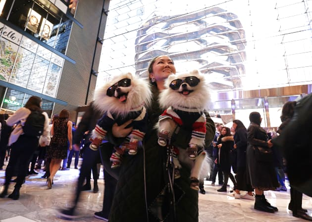 2f5ff1effe01 A massive new mall just opened in New York. Here's what it's like to shop  there