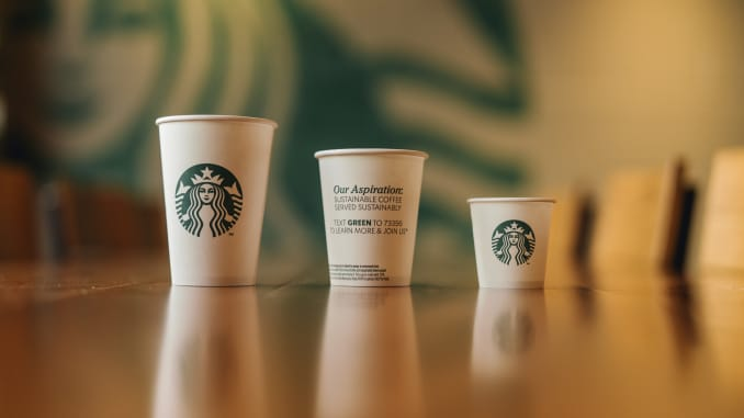 Starbucks announces trials for recyclable and compostable cups