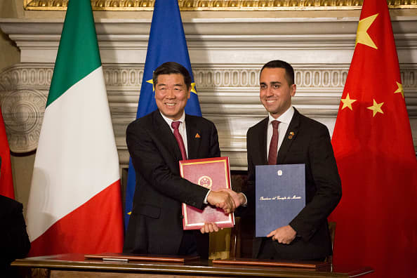 Italy, Rome: Chairman of China's National Development and Reform Commission (NDRC), He Lifeng (L) and Italy's Labor and Industry Minister and deputy PM Luigi Di Maio sign partnership agreements during a ceremony at Villa Madama in Rome on March 23, 2019 as part of China's president two-day visit to Italy.