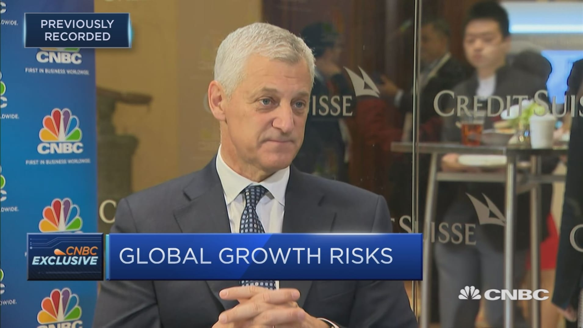 StanChart CEO sees signs of the global economy bottoming out