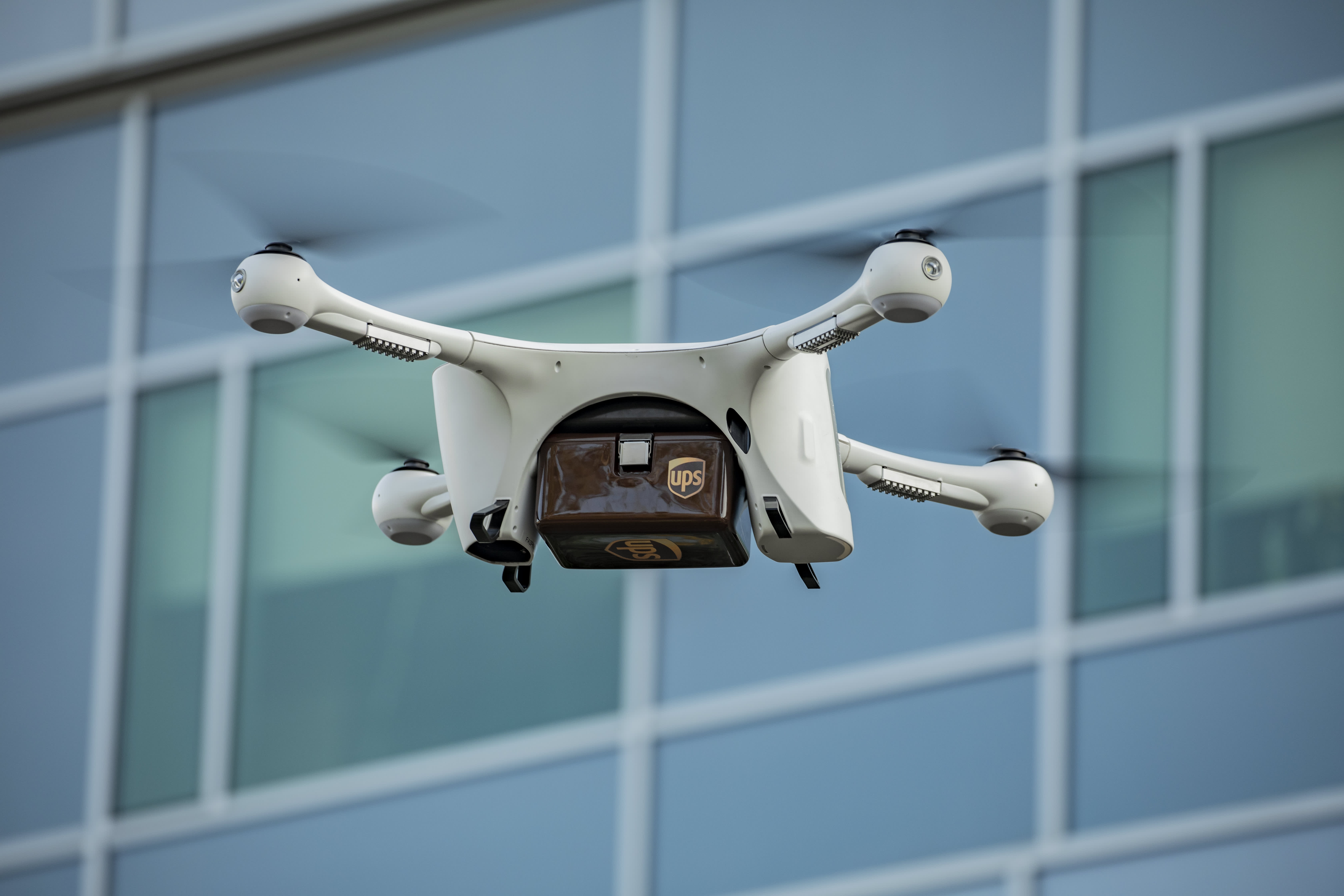 Analysts say Alphabet, UPS have early edge in delivery's next frontier: drones