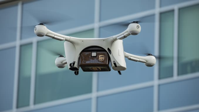 H/O: UPS drone delivers medical supplies 190326 EC