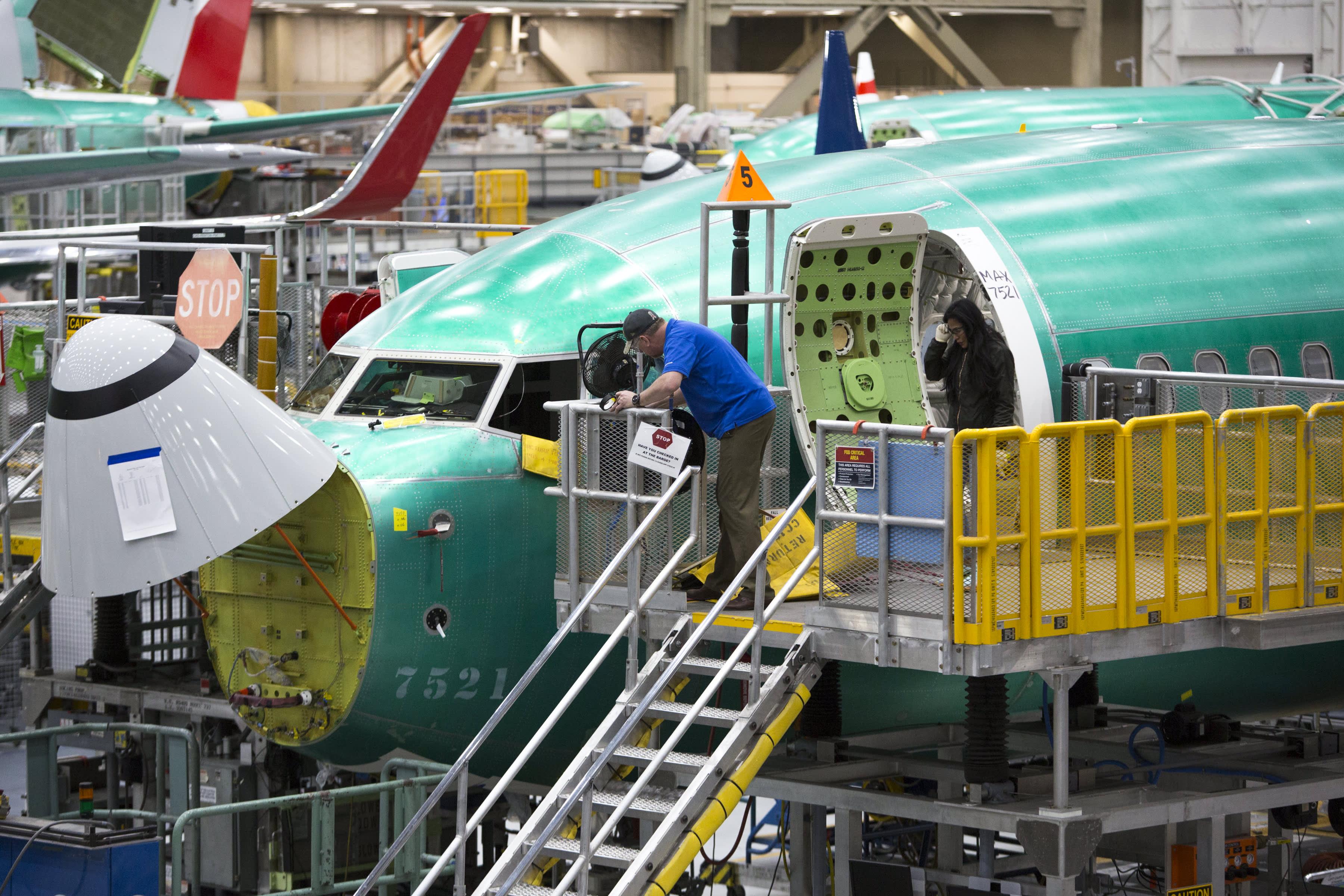 Boeing halts hiring as coronavirus poses 'global economic disruption'