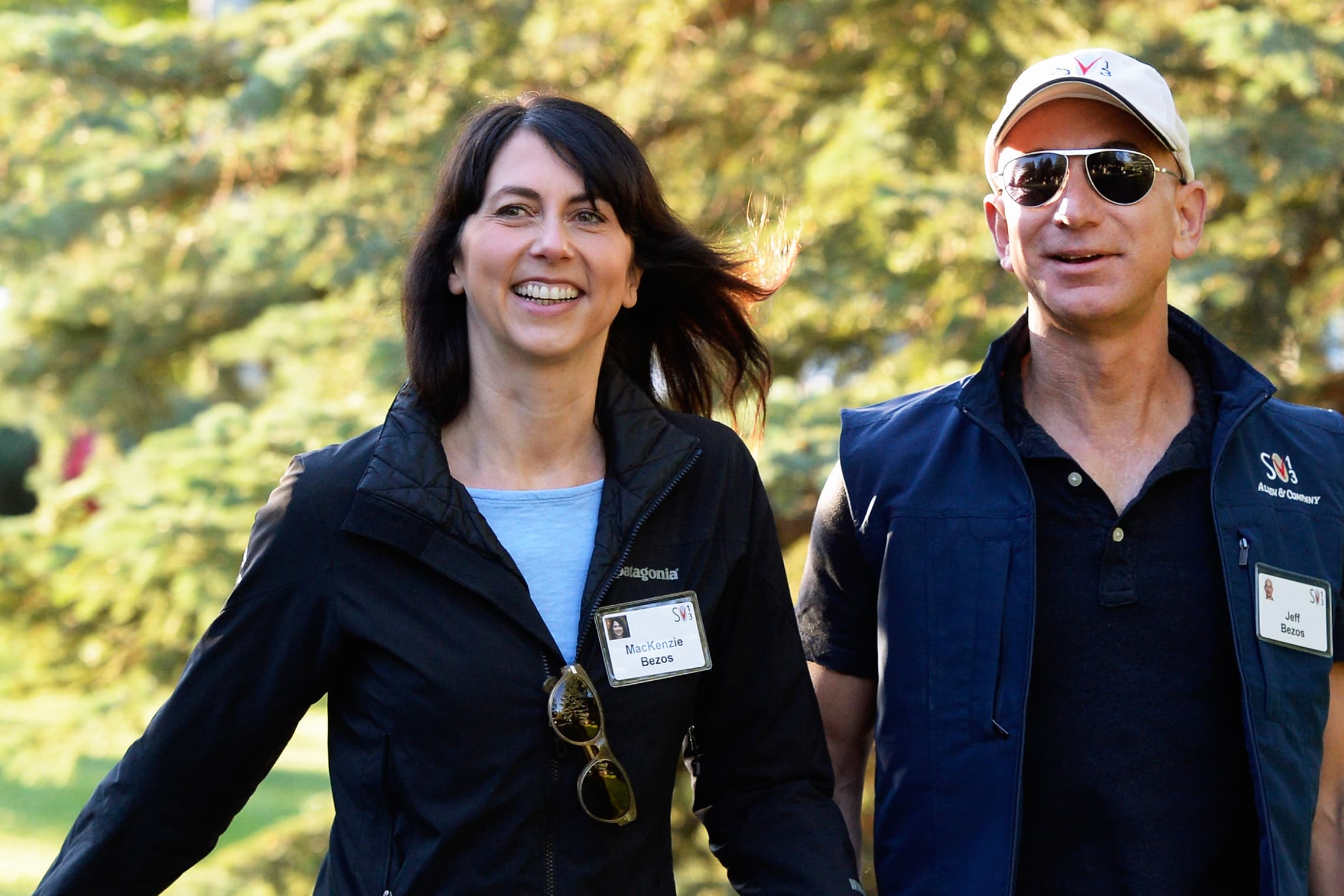 Jeff Bezos to keep 75 percent of couple's Amazon stock after