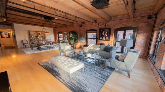Photos Rob Gronk Gronkowski Sold Boston Penthouse For Millions