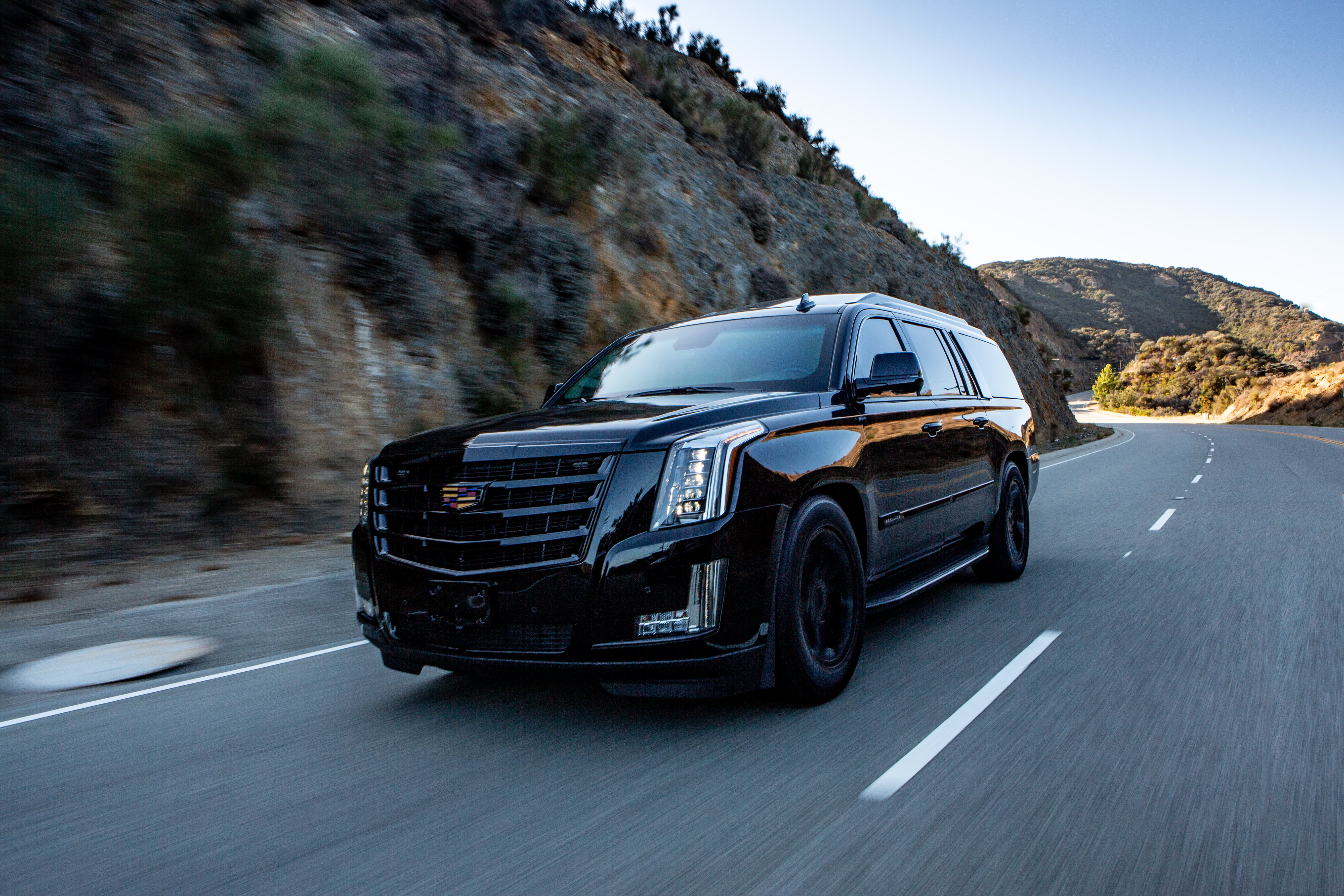 Photos 350 000 Bulletproof Cadillac Escalade