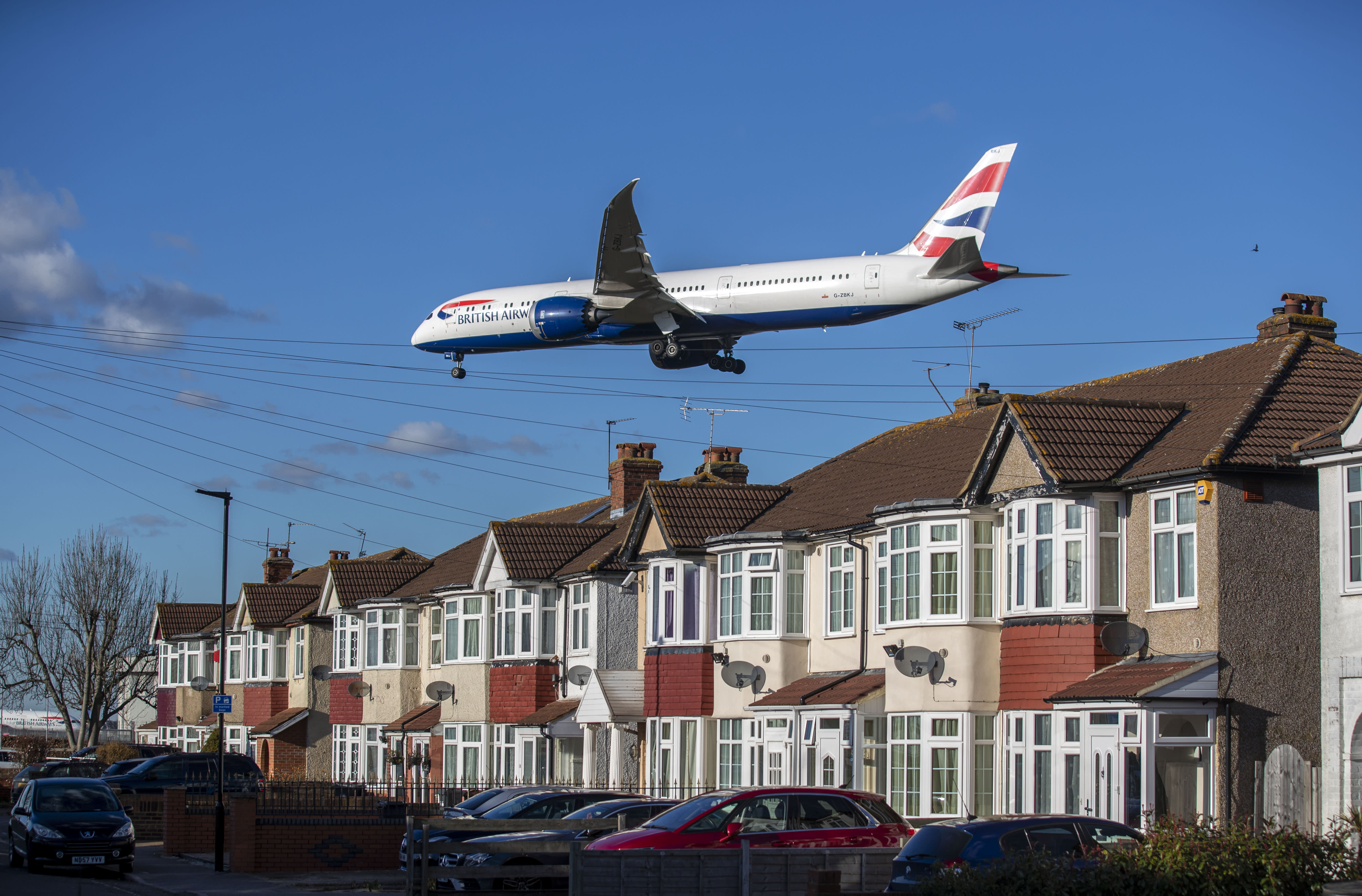 UK airport Heathrow set for a third runway after court blocks legal challenge