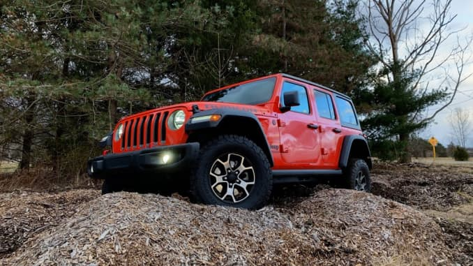 2019 Jeep Wrangler: News, Design, Equippment >> Review The 2019 Jeep Wrangler Rubicon Shines Off Road