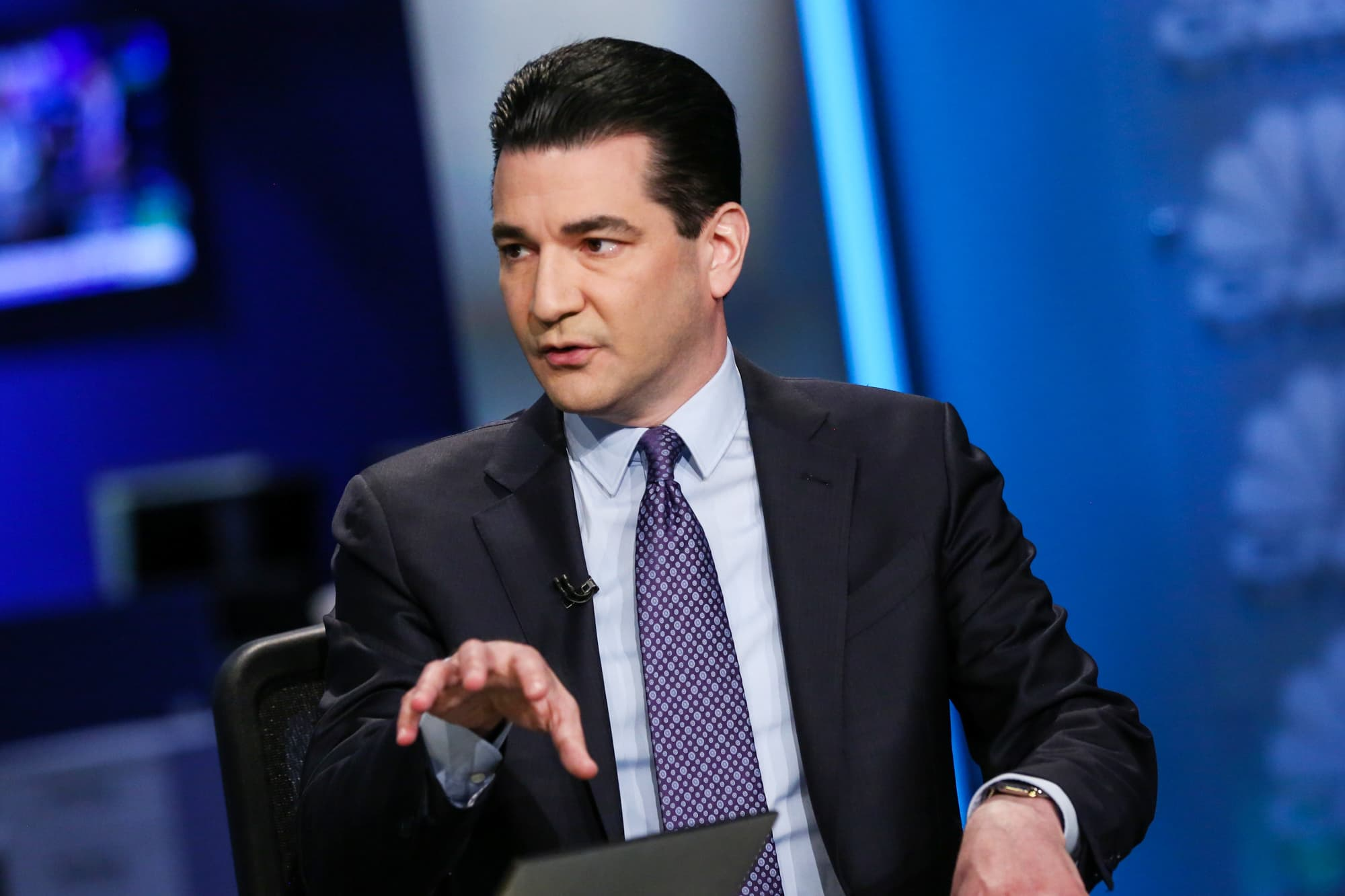 Dr. Scott Gottlieb says Las Vegas casinos are high risk