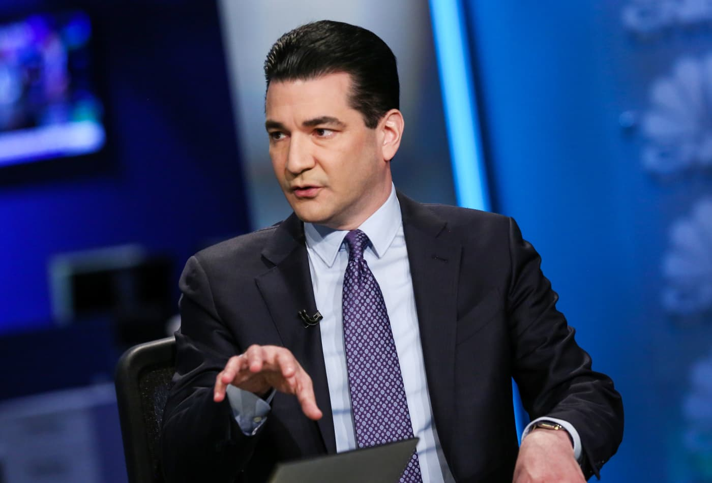 Former FDA chief Scott Gottlieb says it's likely nearly half the US will have had Covid-19 by the end of 2020