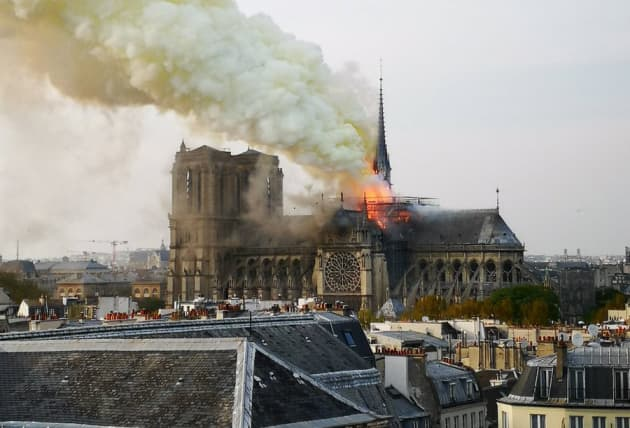 H/O: Notre Dame Cathedral fire