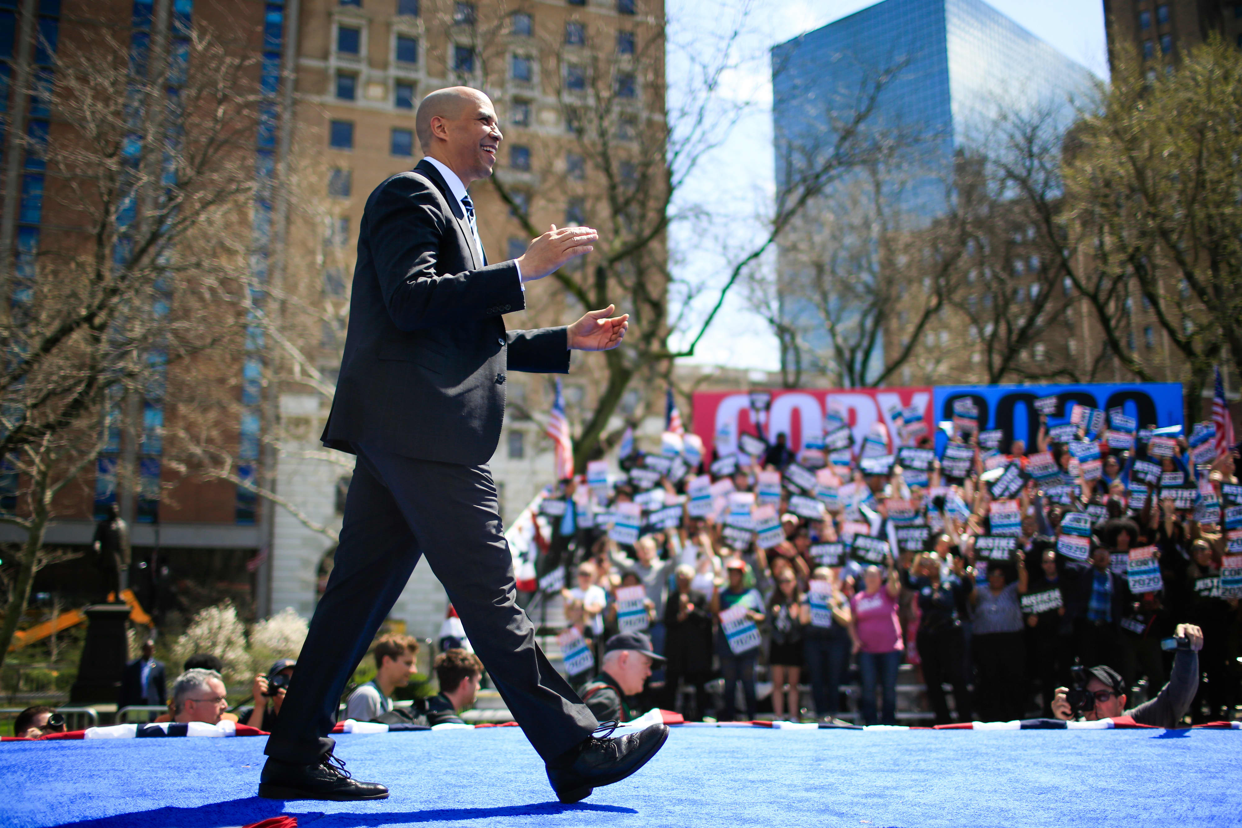 Democratic presidential candidate Cory Booker walks the line between business and the left