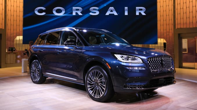 Lincoln Reveals New Corsair At Ny Auto Show Targeting Suv Segment