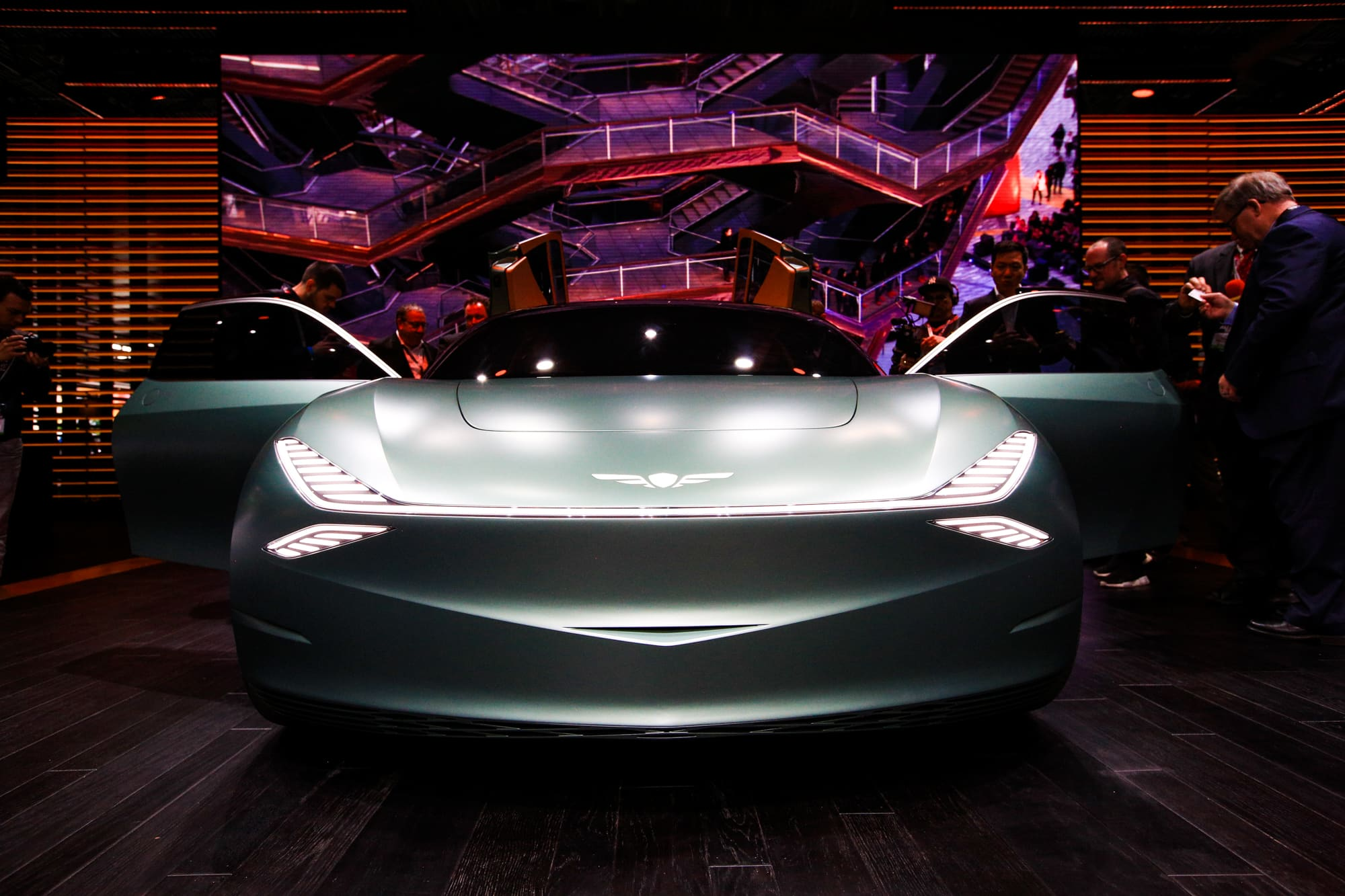 Ny Car Show >> Korean Carmaker Genesis Debuts Ev With Mint Concept Car At Ny Auto Show