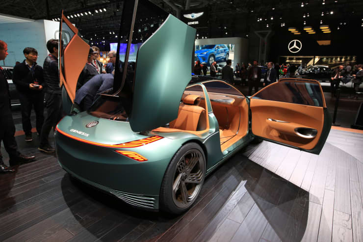 CNBC: 2019 NYIAS: Genesis concept car 5