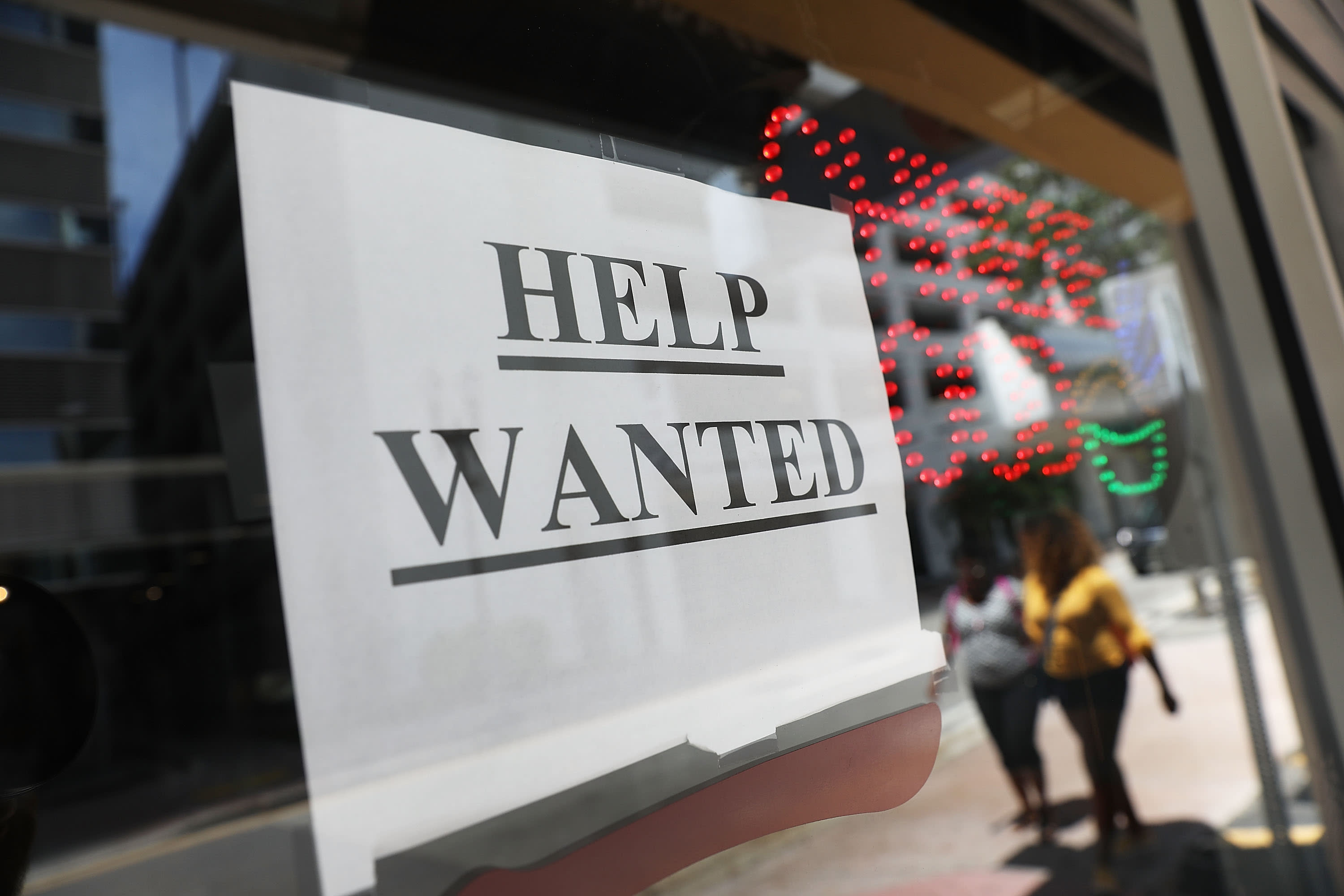 US weekly jobless claims lowest since 1969; unemployment rolls shrink