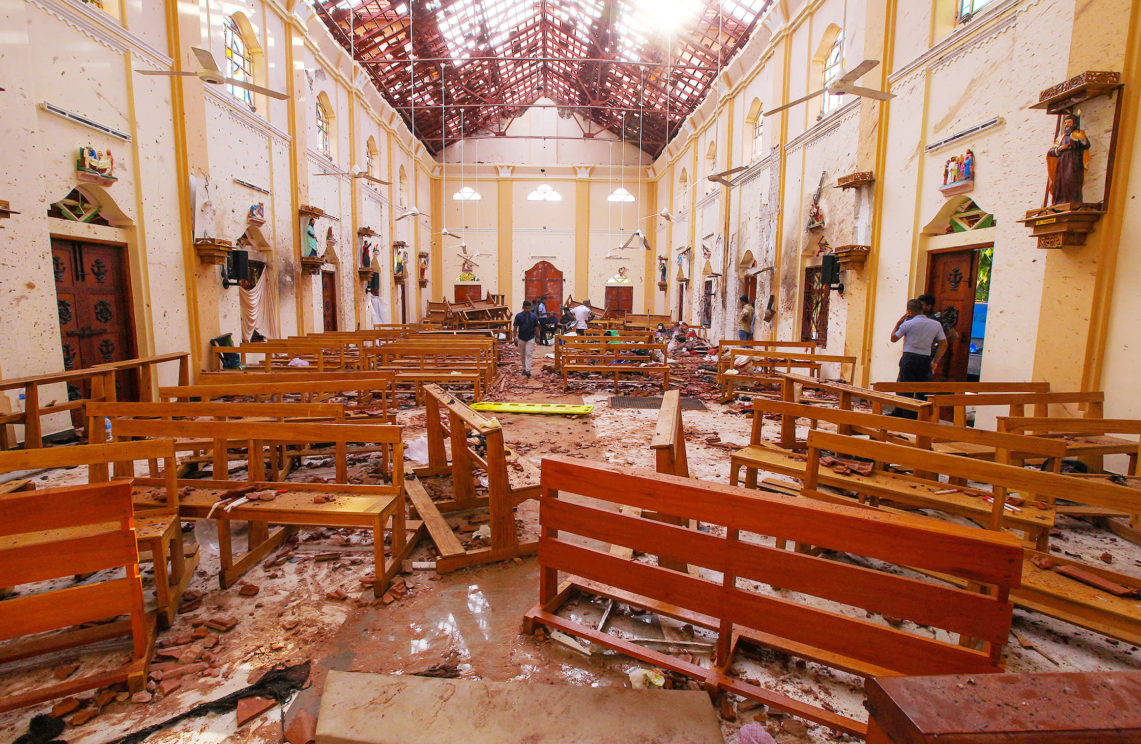 Easter Sunday bomb attacks on churches and hotels kill at least 207 in Sri Lanka