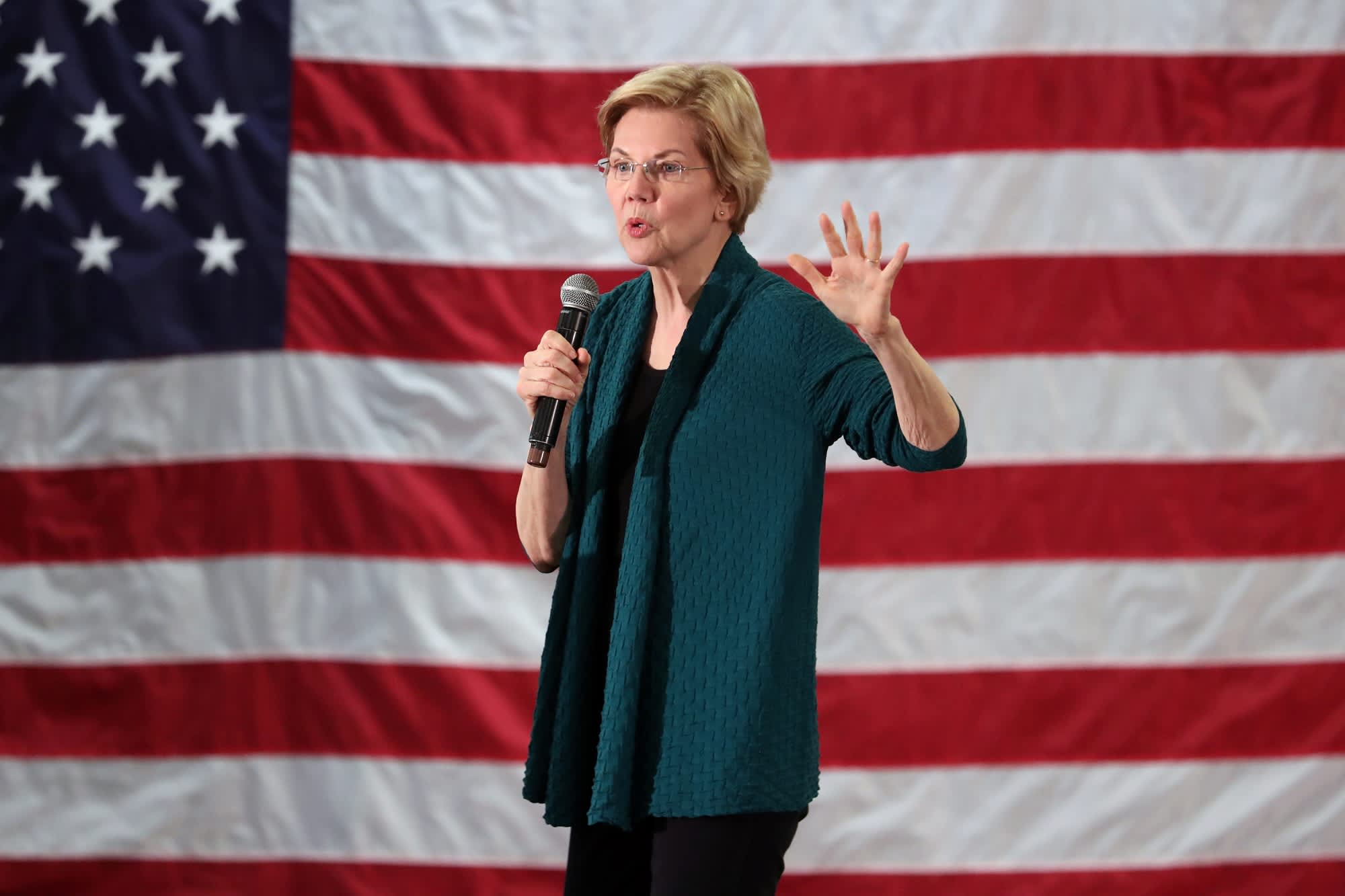 Democratic 2020 U.S. presidential candidate and U.S. Senator Elizabeth Warren (D-MA) speaks to supporters in Memphis, Tennessee, U.S. March 17, 2019.