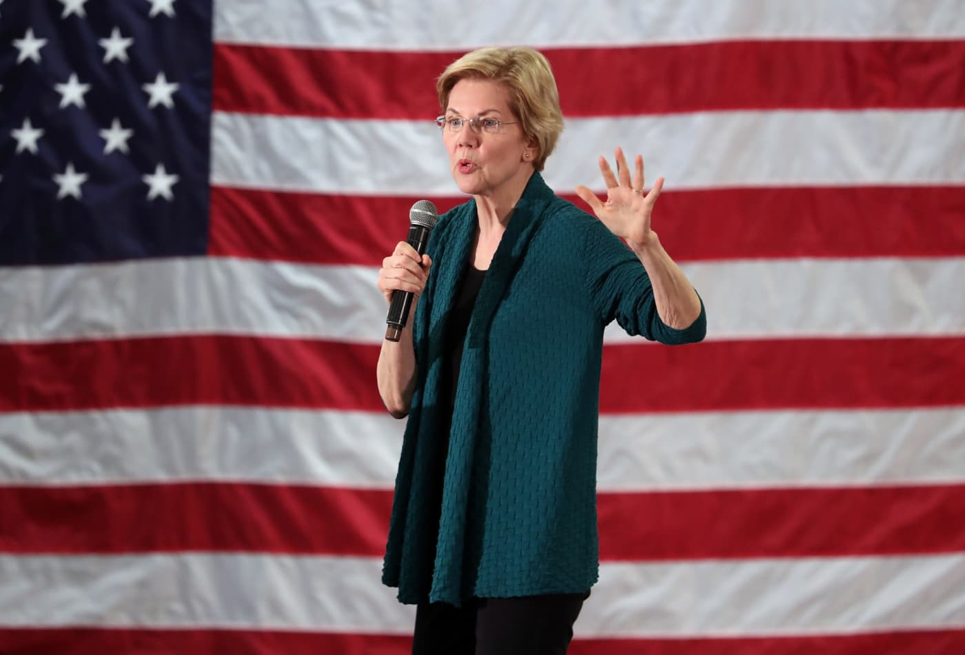 Secretary Of Education Calls For End To >> Elizabeth Warren Proposes Free College And Eliminating Student Debt