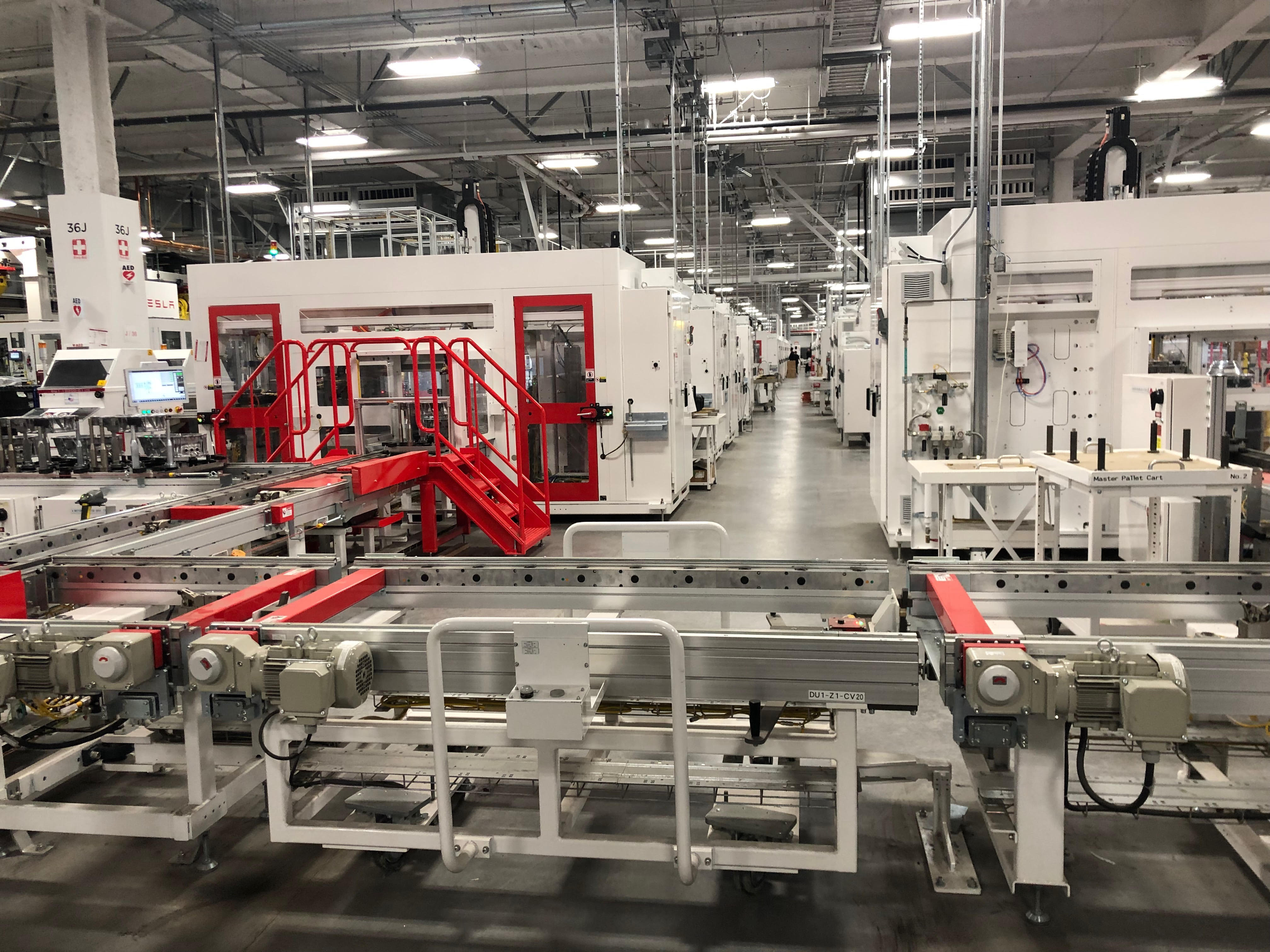 Tesla has a secret lab trying to build its own battery cells to reduce dependence on Panasonic