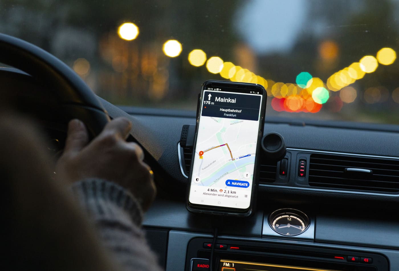 Uber offers UK drivers free college tuition with new loyalty program