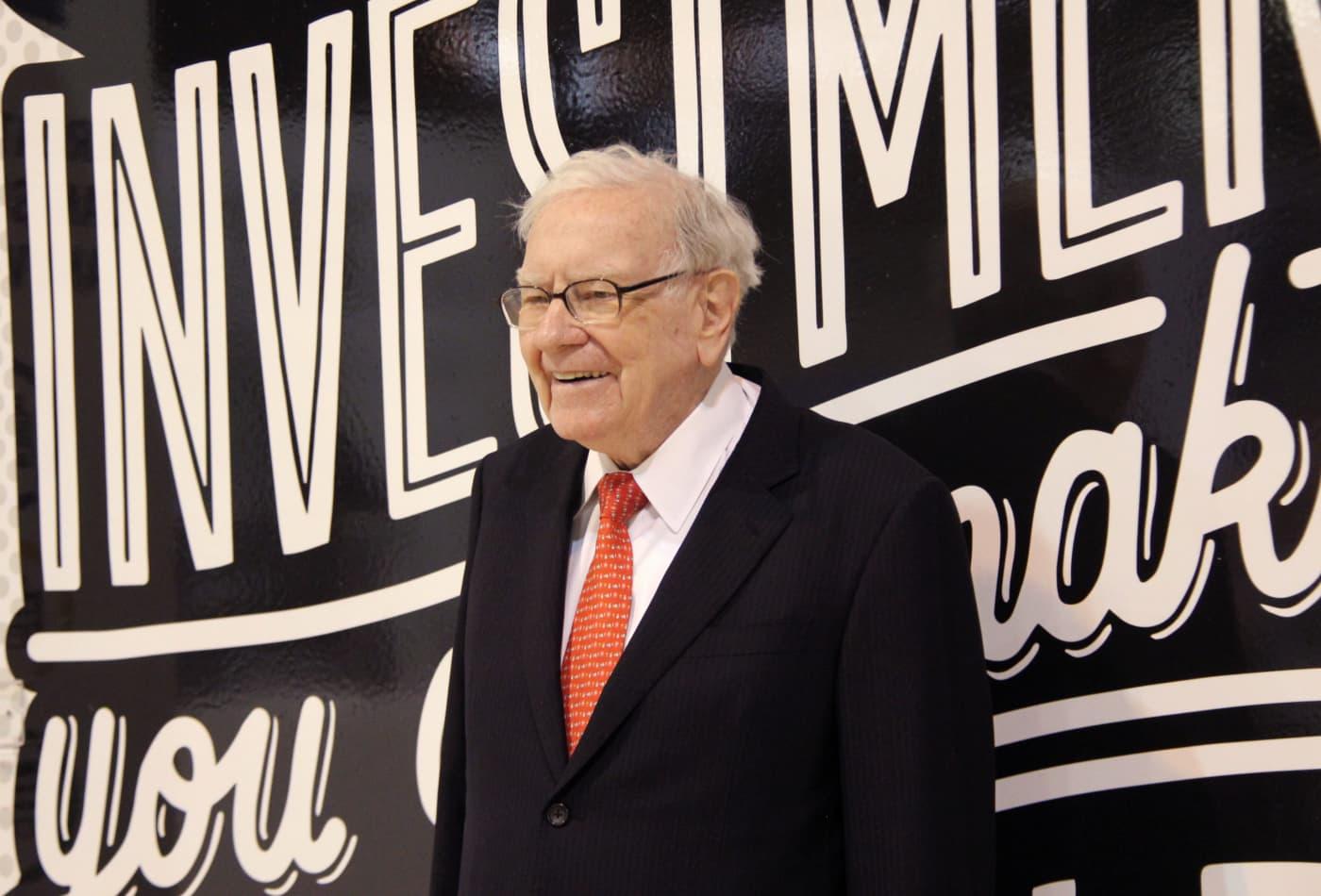 Buffett has the majority of Berkshire's massive portfolio in just 5 stocks. Here's what they are:
