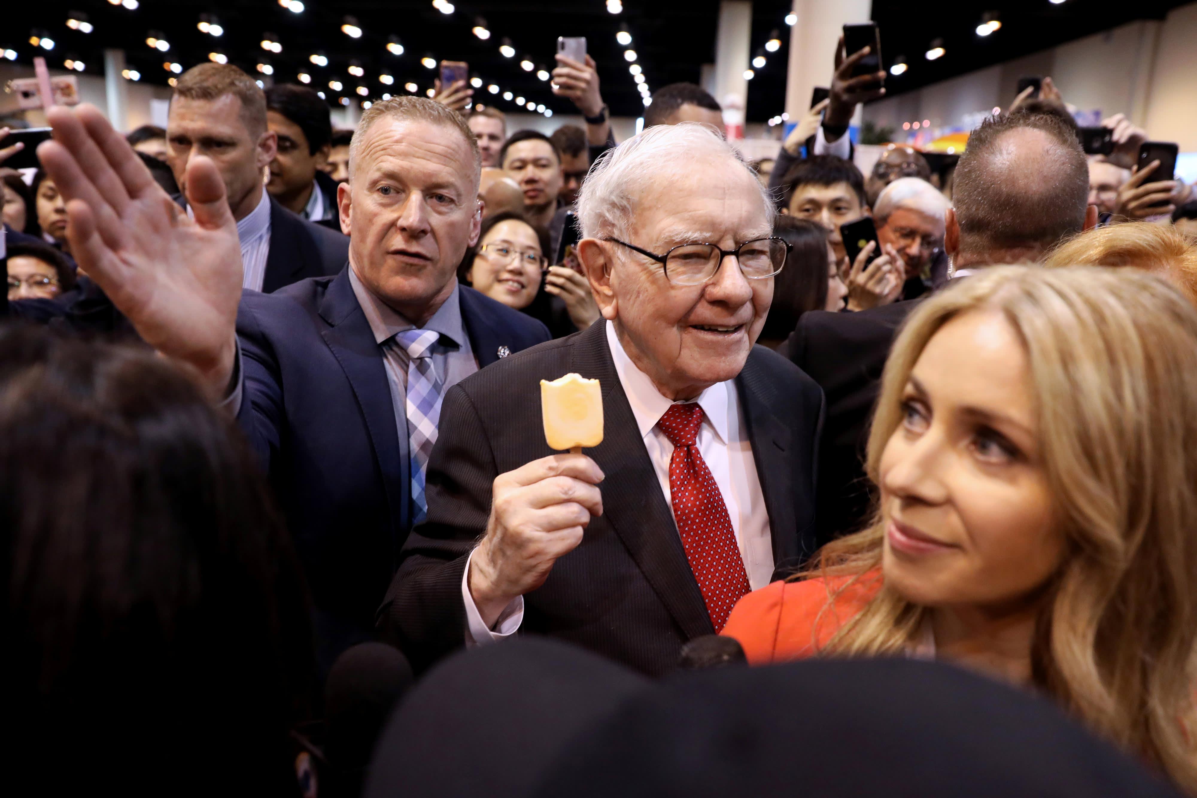 As Warren Buffett turns 91, the legendary investor prepares Berkshire Hathaway for a new economy