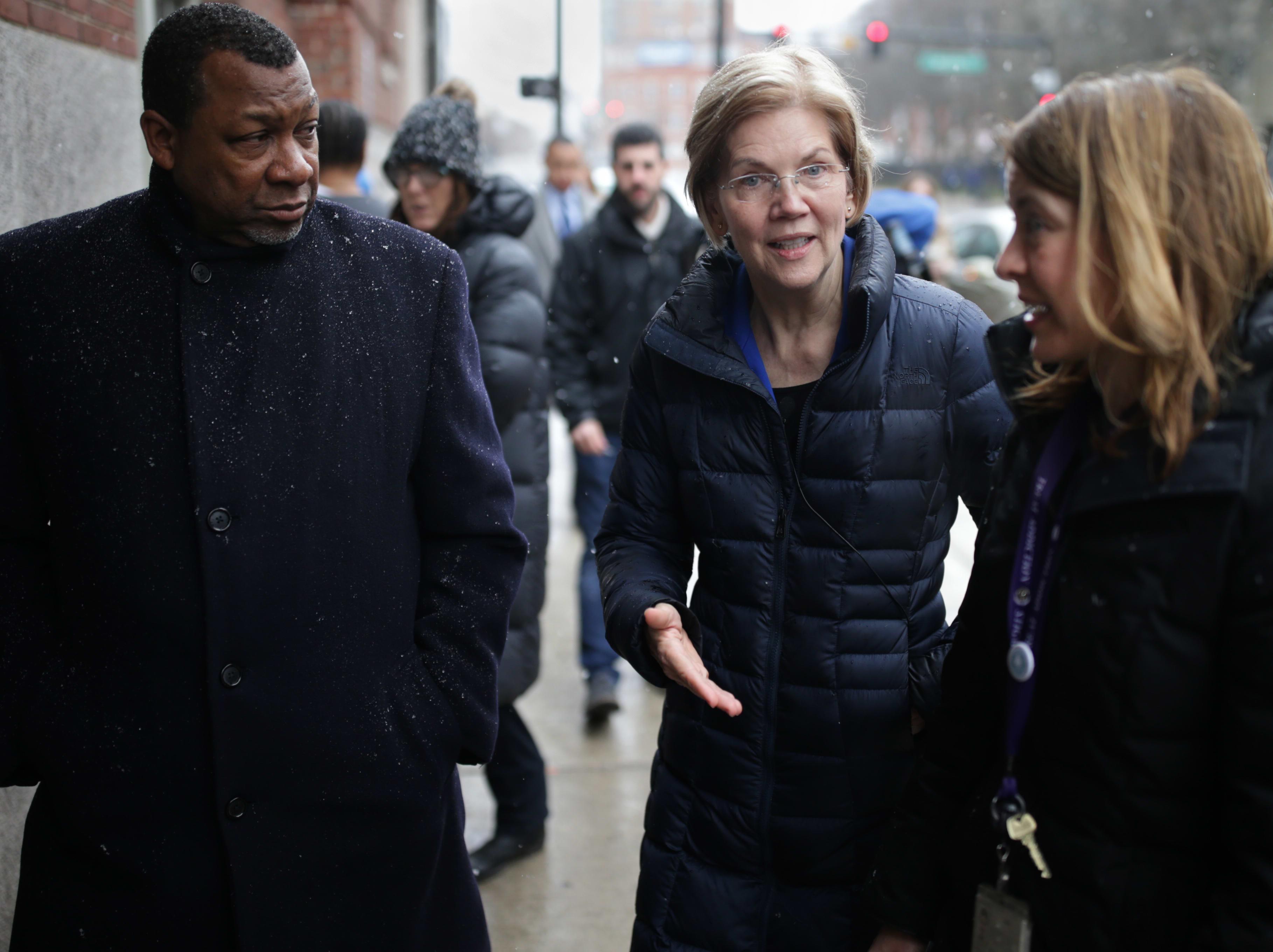 Presidential hopeful Sen. Elizabeth Warren unveils $100 billion plan to combat the opioid epidemic