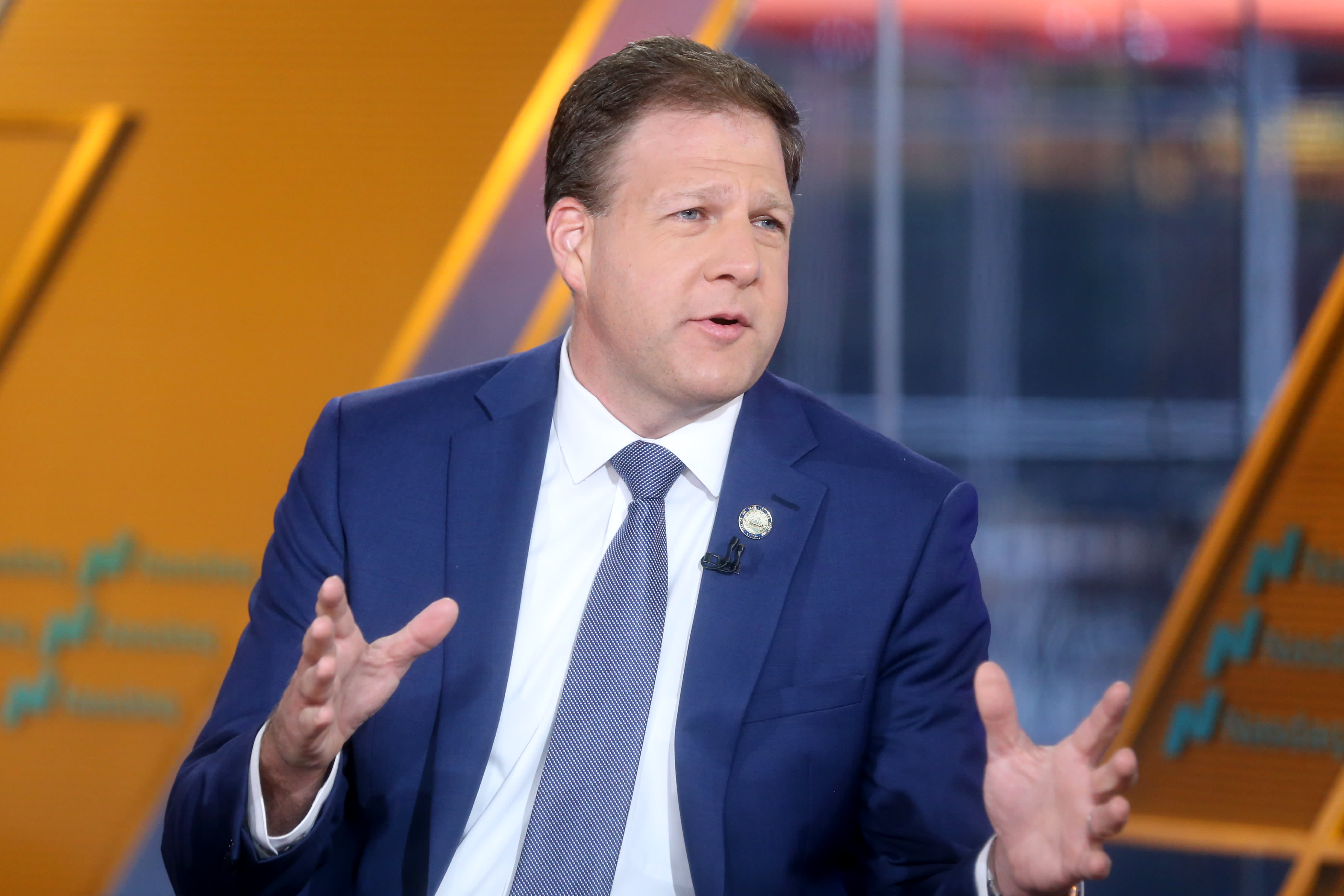 New Hampshire Gov. Chris Sununu issues stay-at-home order amid coronavirus outbreak
