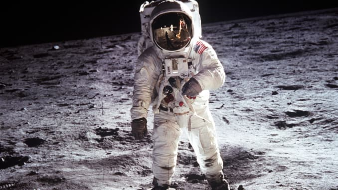 H/O: Buzz Aldrin on the Moon