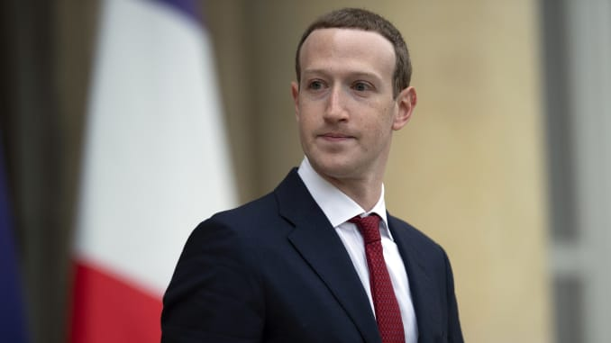 Facebook Stock Falls On Report Of Zuckerberg Emails