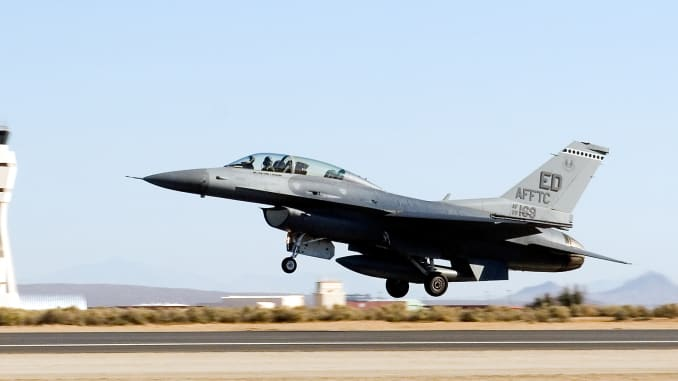 F-16 fighter jet crashes into building in California: Reports