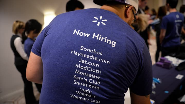 There are 700,00 open tech jobs in the US. Here is how companies can fill them