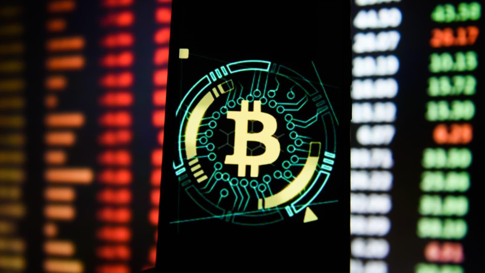wall street journal stop talking bitcoin market cap