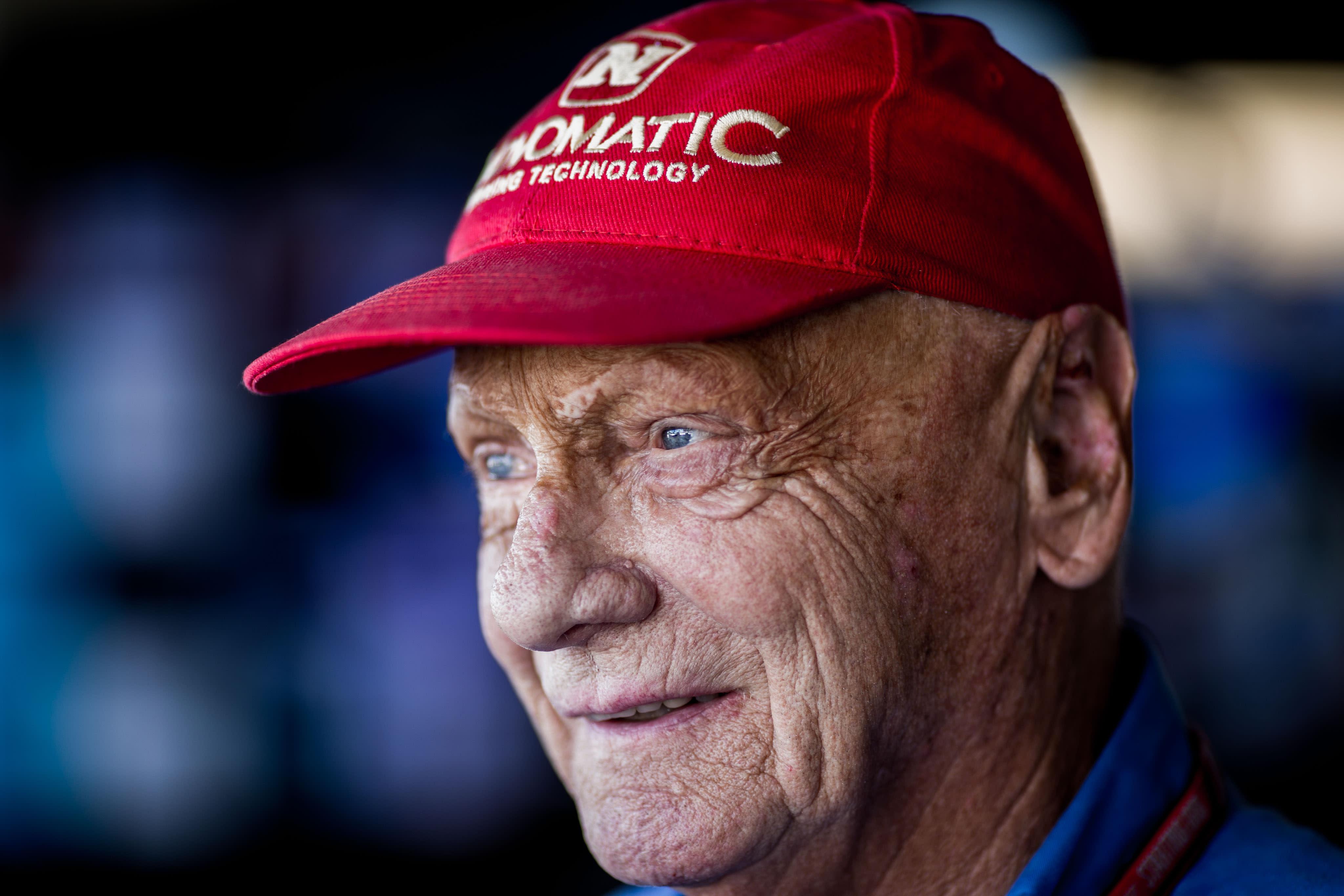 F1 great and aviation entrepreneur Niki Lauda dies at 70 thumbnail