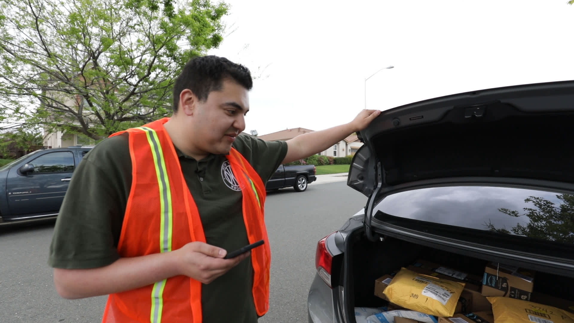 How Amazon Flex delivery drivers get paid and what it's really like