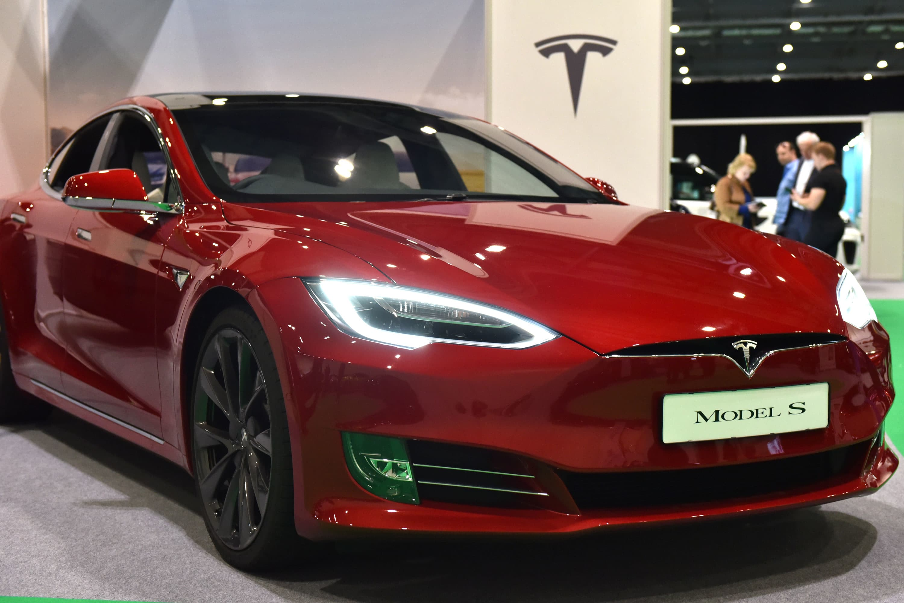 Jim Cramer turns bullish on Tesla — 'I'm a true believer'
