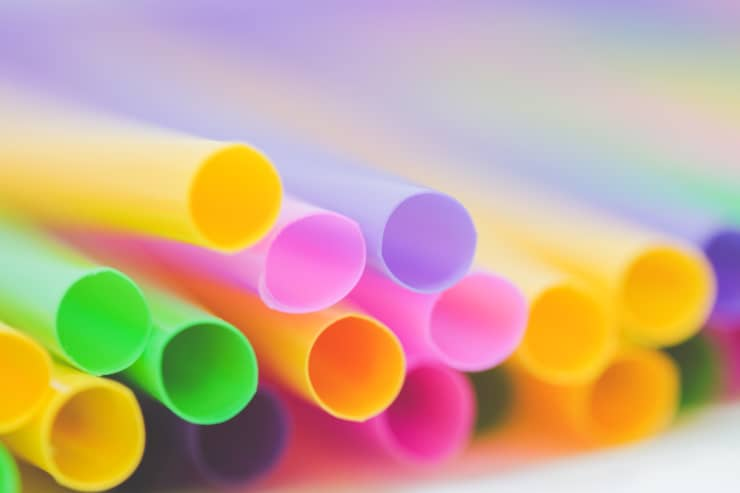 England will ban plastic stirrers, straws and cotton swabs from April 2020