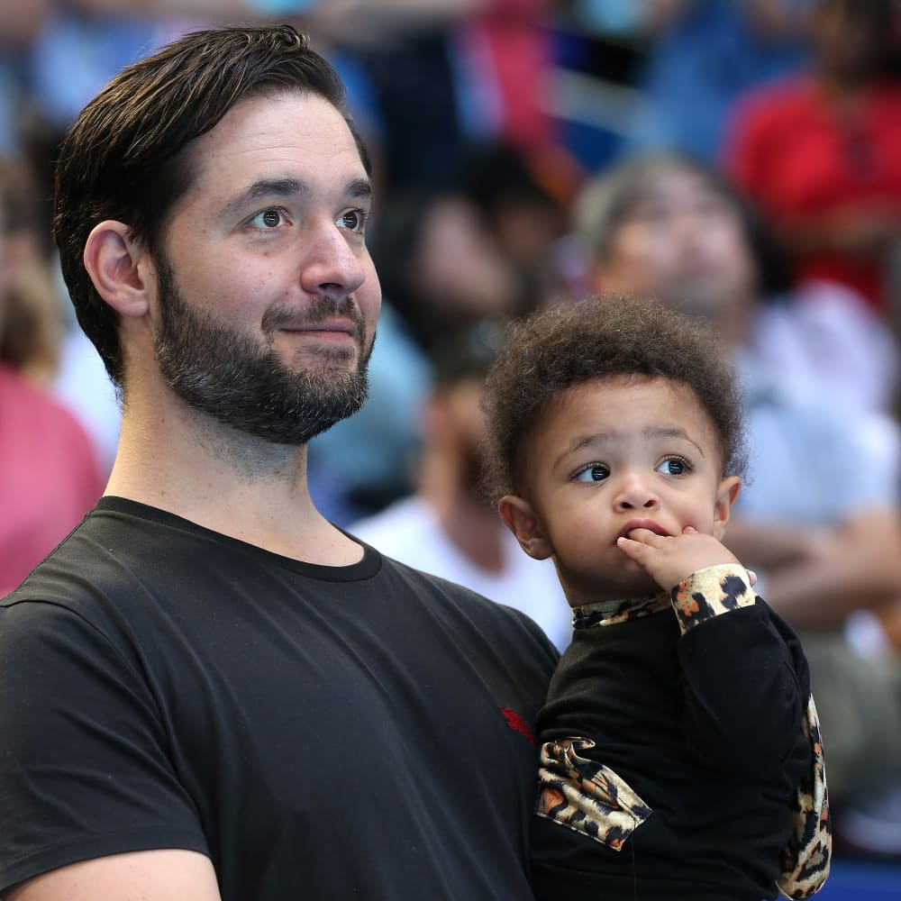 Why Alexis Ohanian says increasing paternity leave would have a 'tremendous impact' on working women