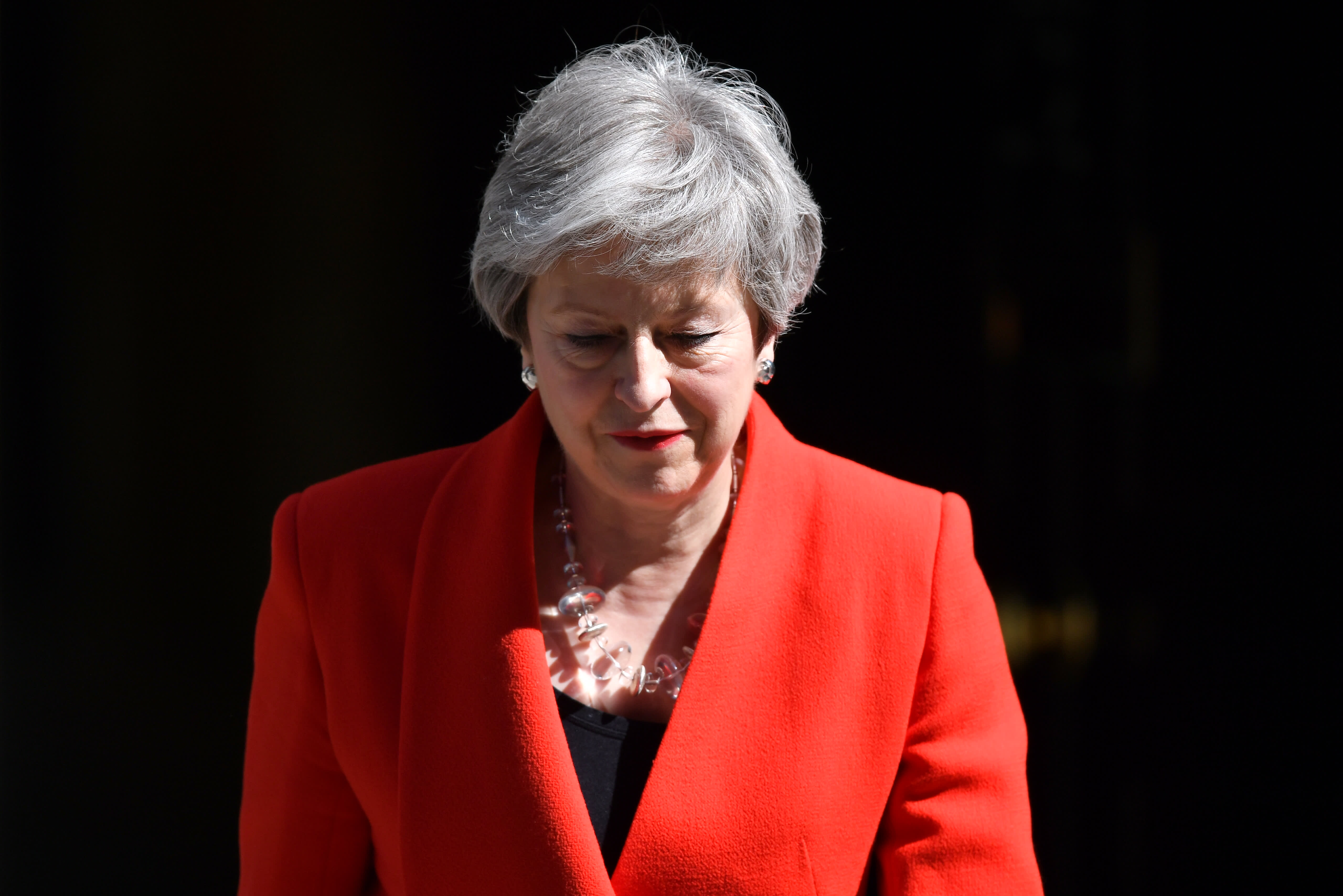 Theresa May resigns as UK prime minister amid Brexit crisis