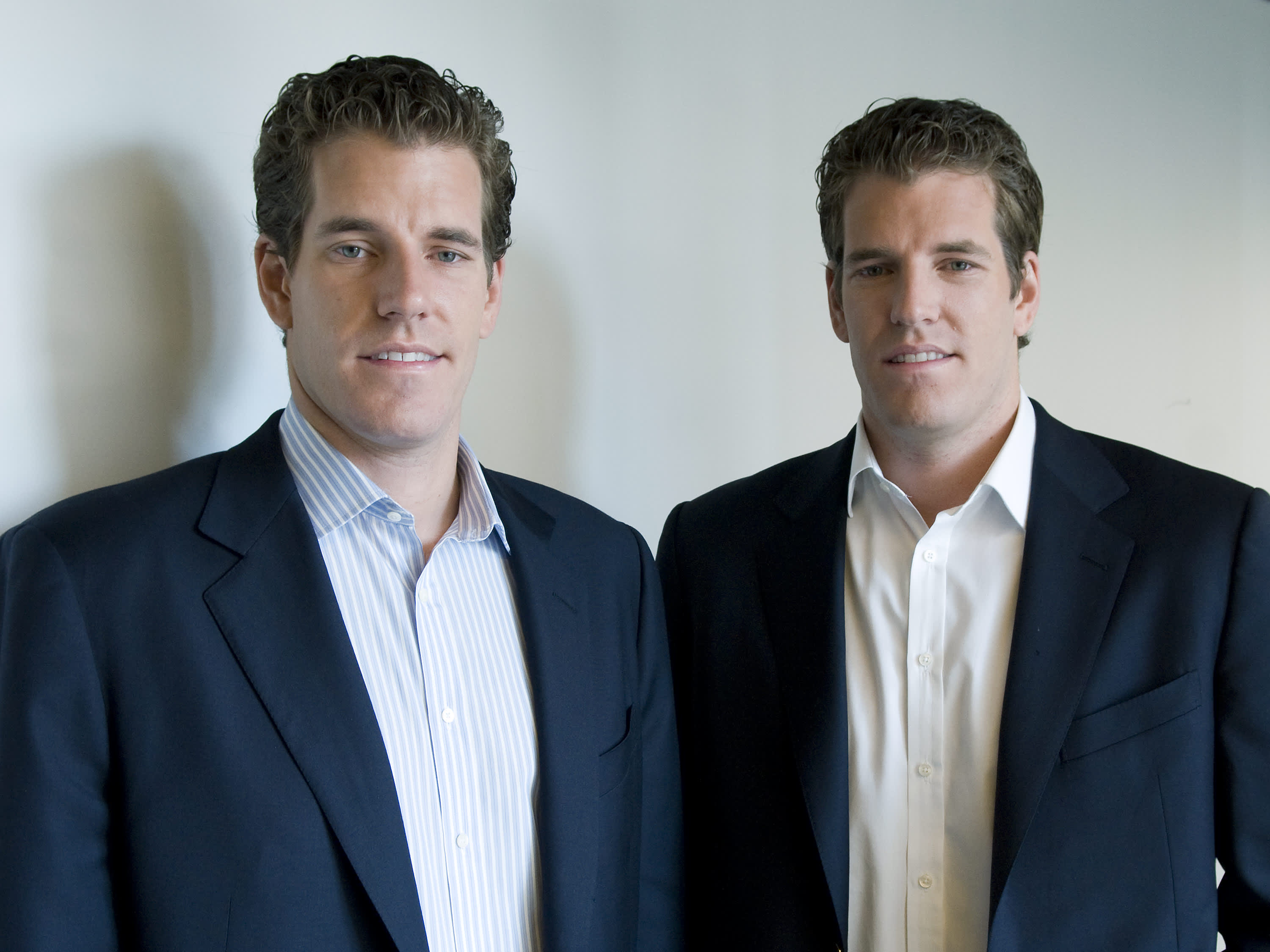 Zuckerberg reportedly held talks with Winklevoss twins about Facebook's cryptocurrency plans