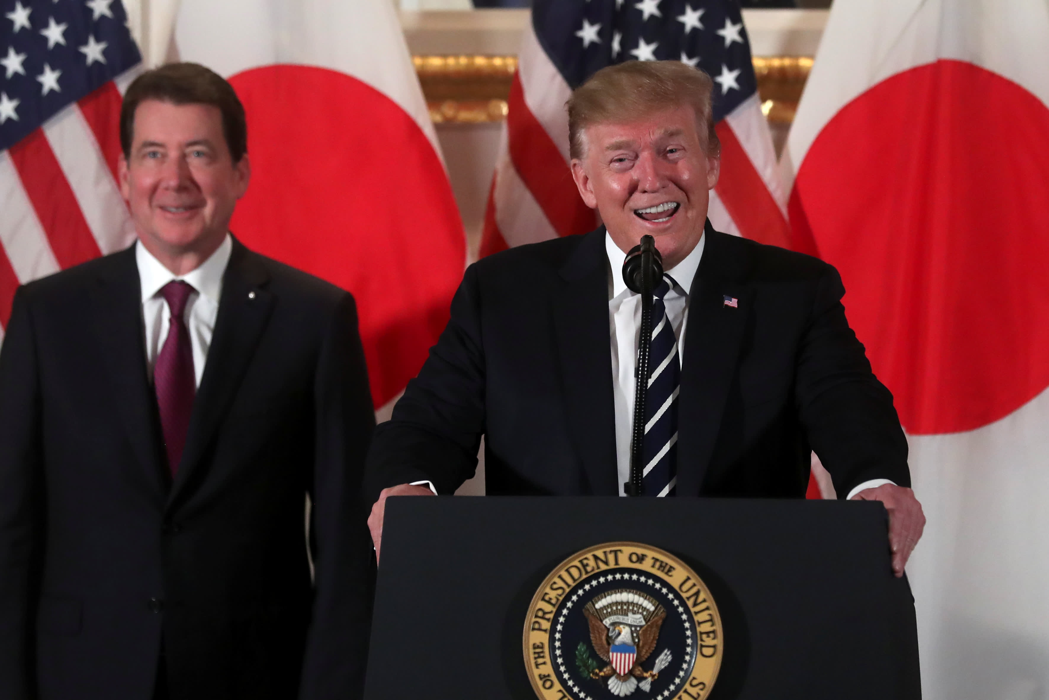 U.S. President Donald Trump attends a Japanese business leaders event with U.S. Ambassador to Japan William Hagerty in Tokyo, Japan May 25, 2019. REUTERS/Jonathan Ernst