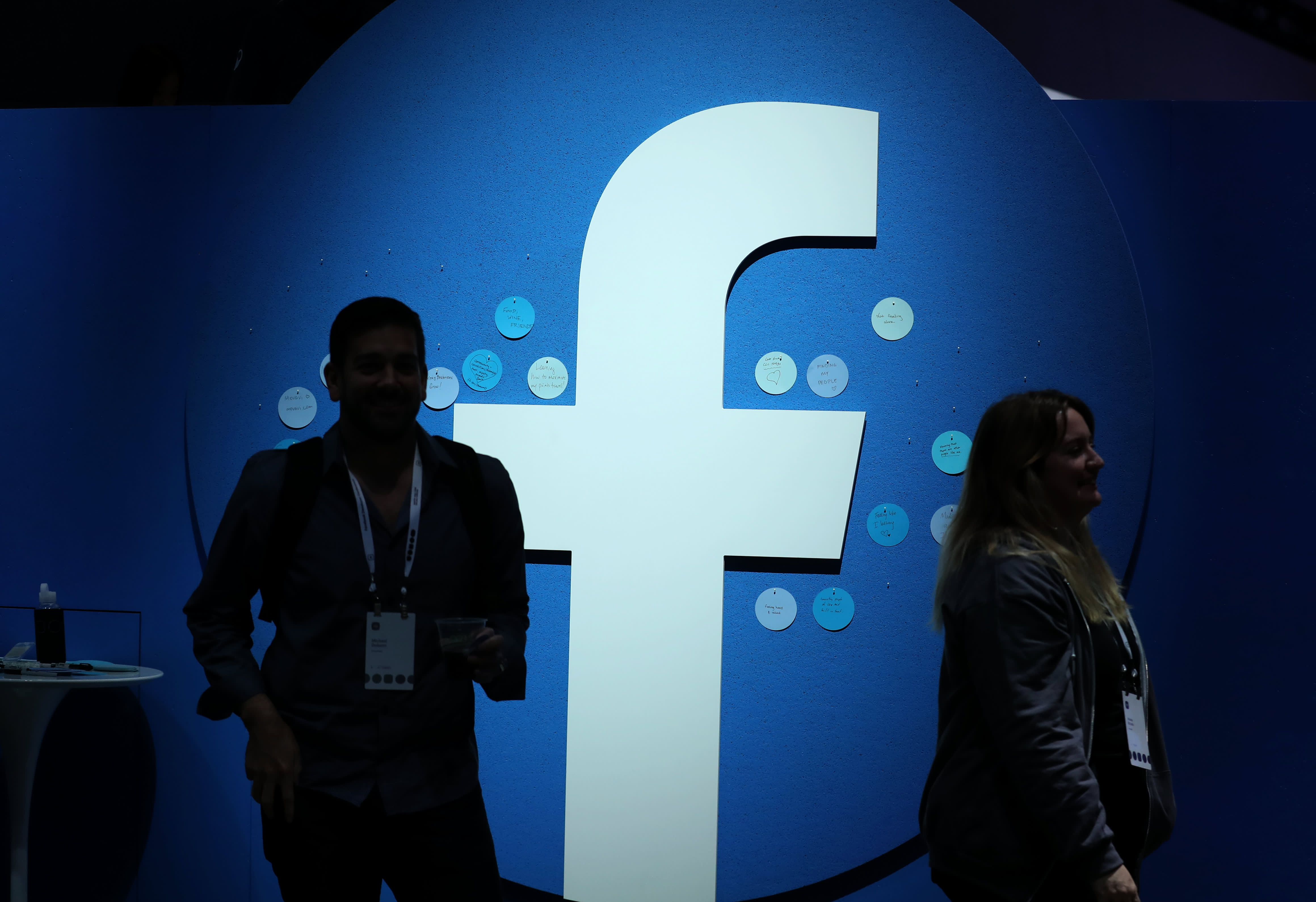 Stock market live updates: Stocks fall, Facebook is biggest loser, GDP not great, Microsoft jumps
