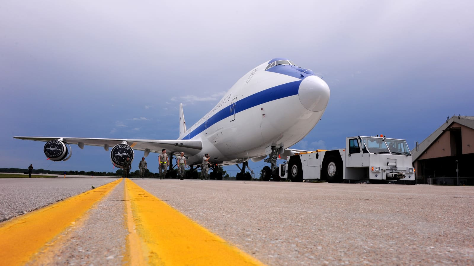 Us Military Doomsday Plane Can Withstand Aftermath Of Nuclear Blast