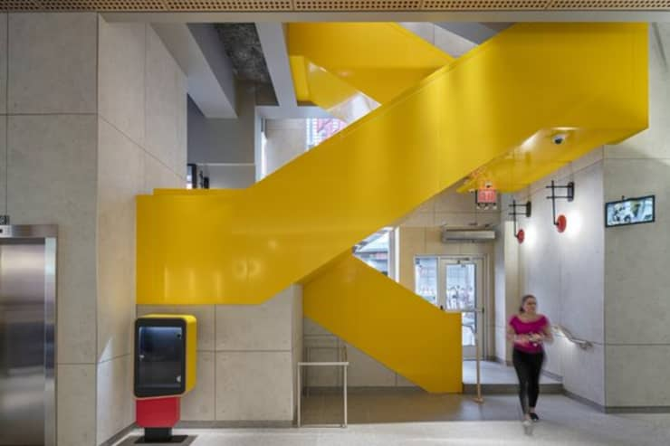 H/O: McDonald's new Times Square flagship, stairs 190529