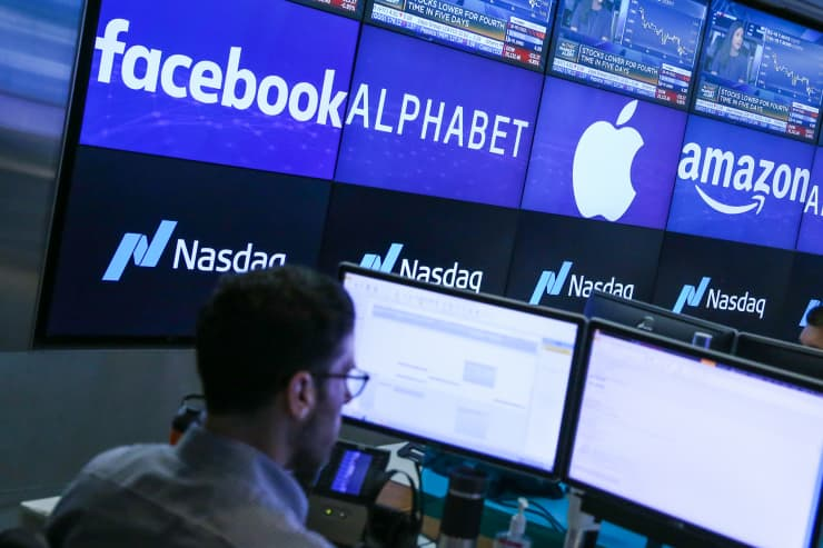 CNBC: FANG Stocks: Facebook Amazon Alphabet Netflix, Apple 7