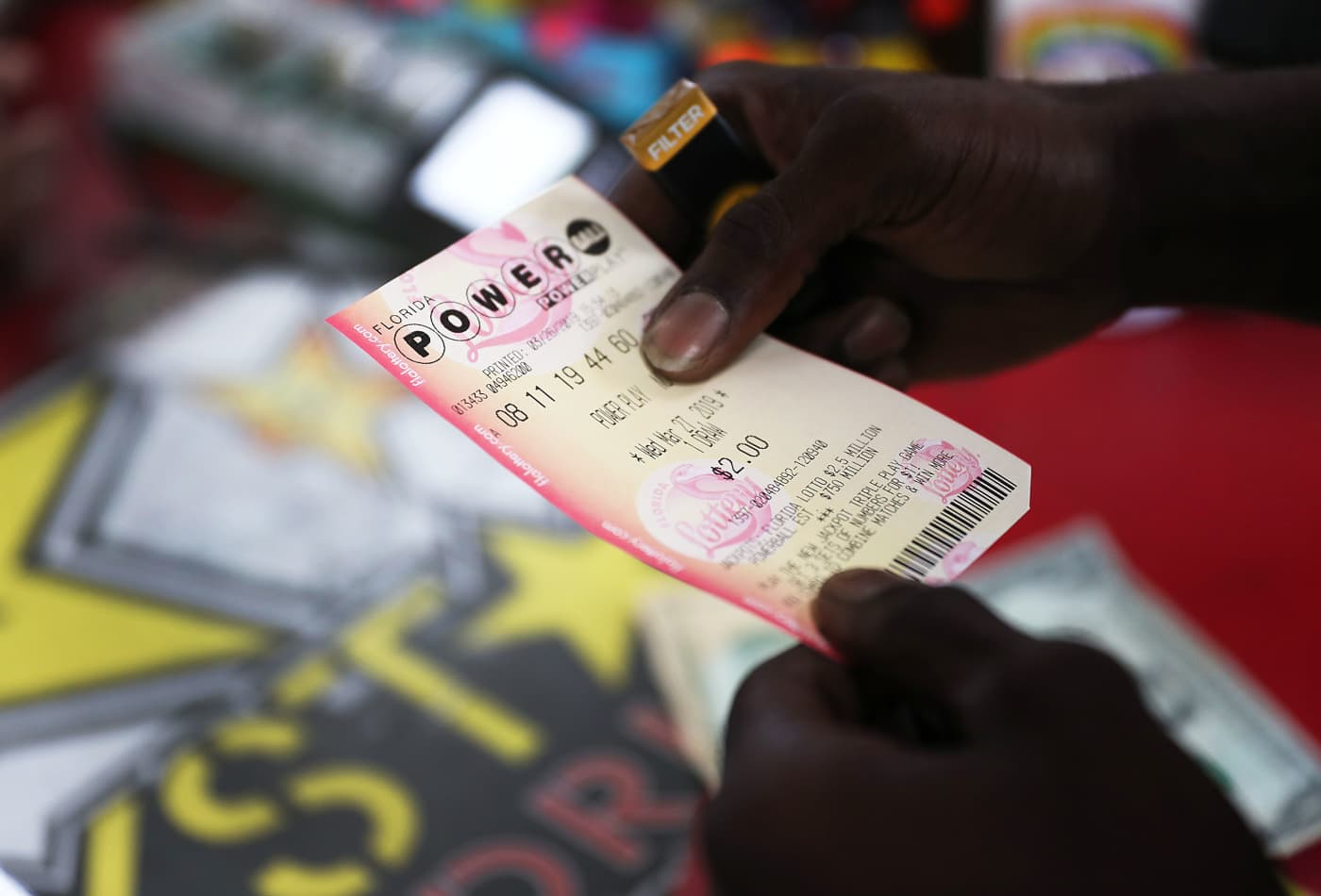 These Are The Odds You Ll Win The 350 Million Powerball Jackpot