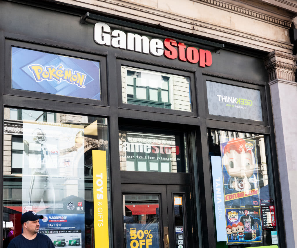 Former Chewy CEO tries to push GameStop to become the Amazon of video games