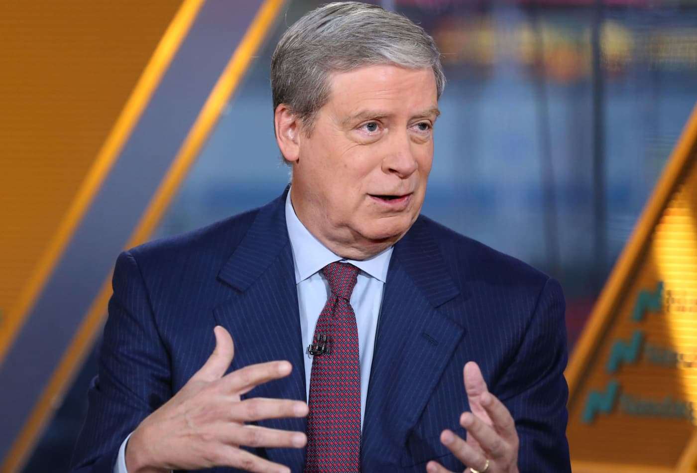 Stanley Druckenmiller says the Fed is endangering the dollar's global reserve status